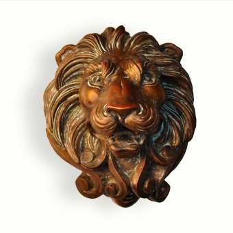 9020-cast-lion-head-bronze-1-spitter-adg-lighting-collection