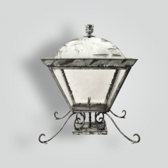 655-ga-br-p-sh-brass-gas-pilaster-lantern-adg-lighting-collection