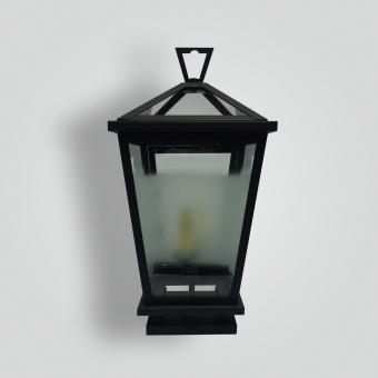 Serendipite-Balboa-Peninsula-Pilaster-adg-lighting-collection