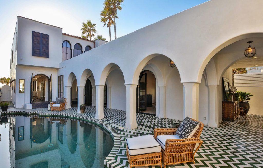 Celebrity Malibu Beach Home Hits the Market