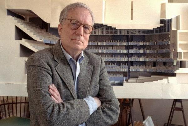 Robert Venturi, Pioneer of Post Modernism Passes at 93