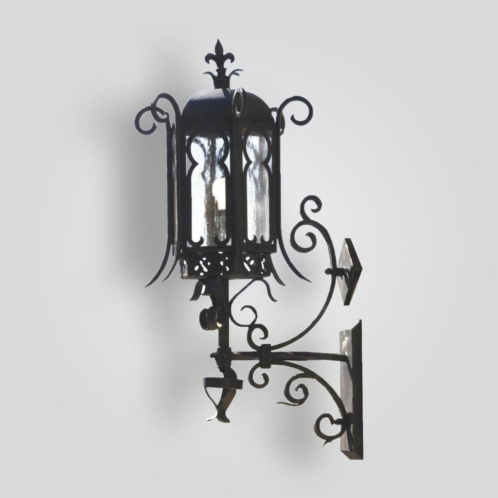 611-cb3-ir-w-ba Leon Country Lantern – ADG Lighting Collection