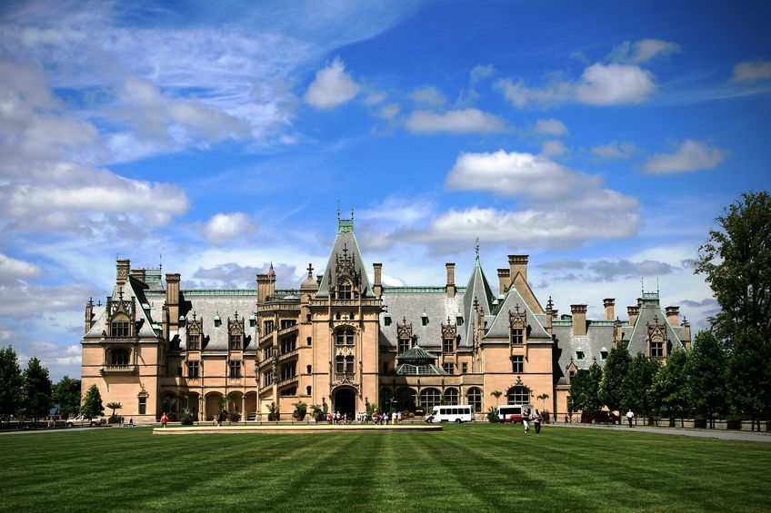 The Biltmore Estate Christmas Still Going Strong