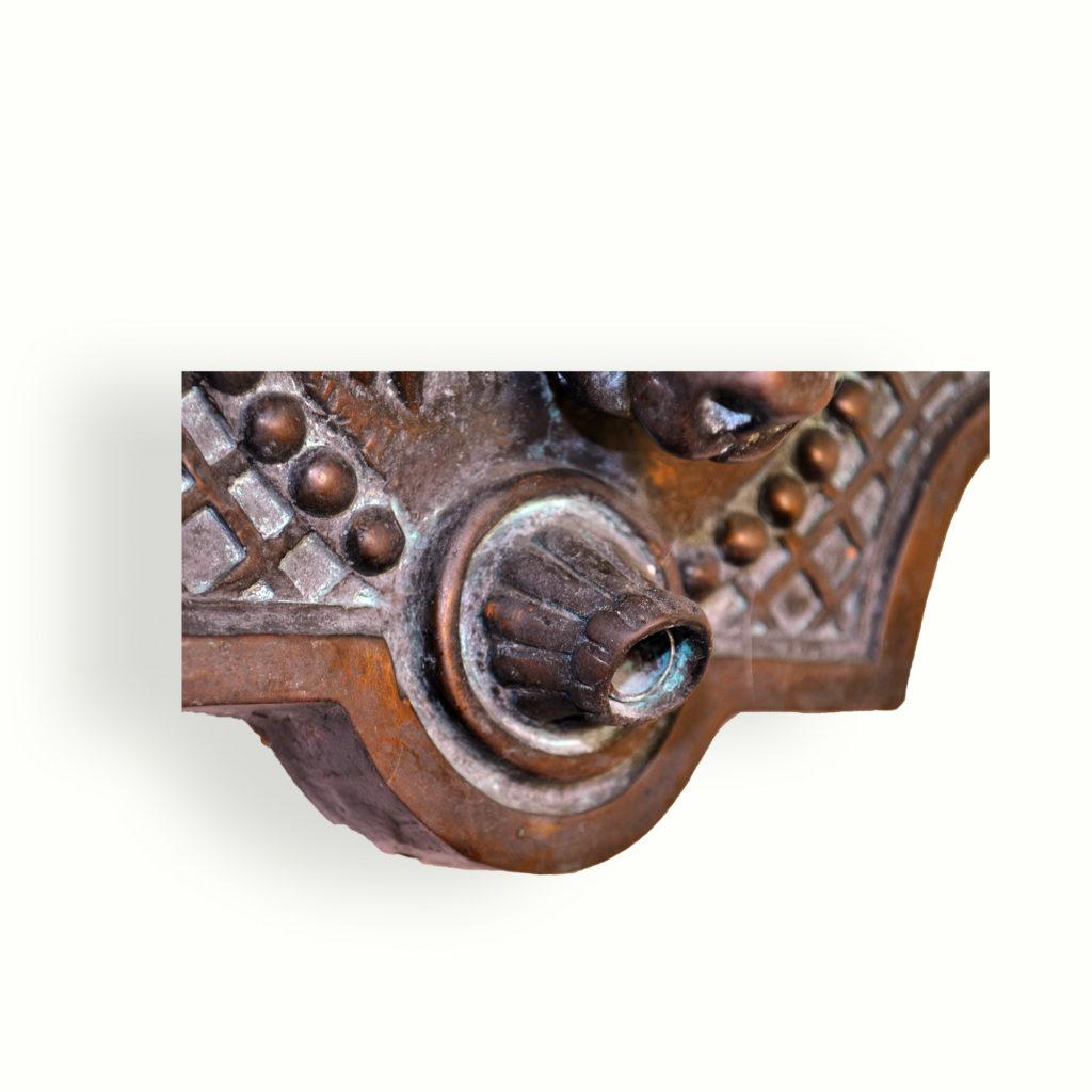 9021 Ram Head Bronze Spitter – ADG Lighting Collection