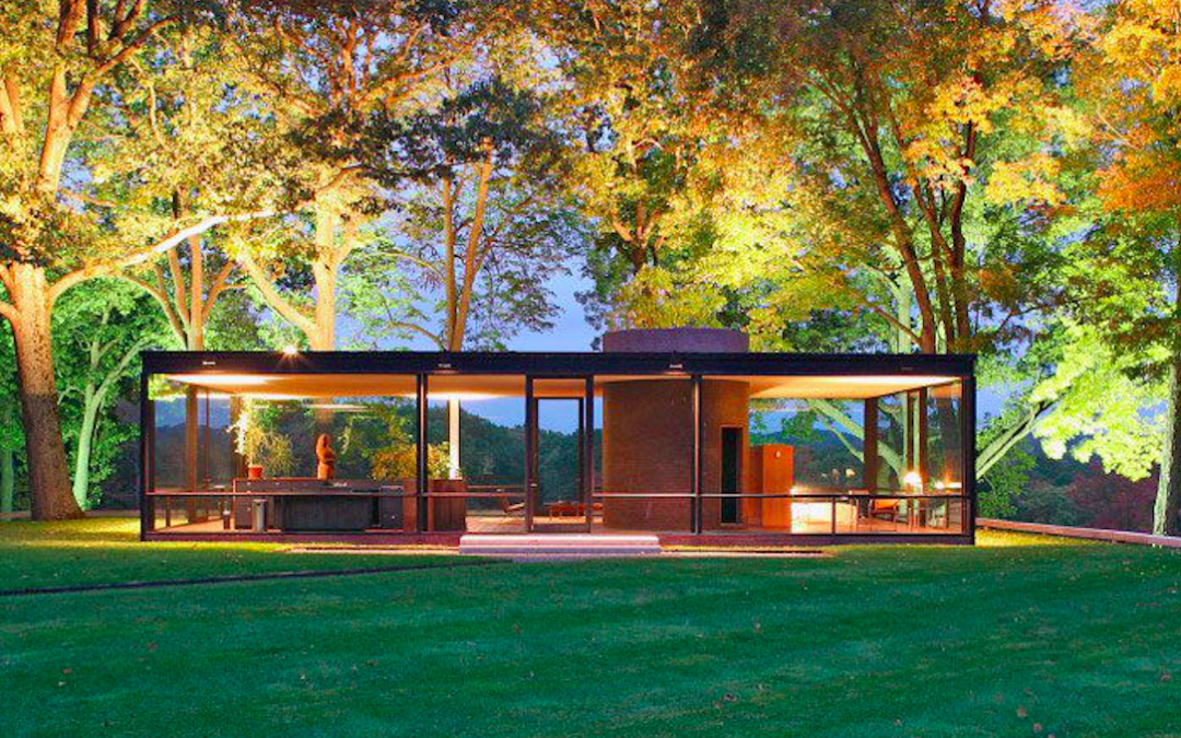 The Glass House Provides a Transparent Mystery